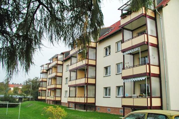 Bad Klosterlausnitz, Straße der Jugend